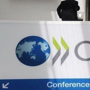 OECD KÜRESEL KÜÇÜLME TAHMİNİNİ % 6.0, 2. DALGA OLURSA % 7.6 OLARAK AÇIKLADI