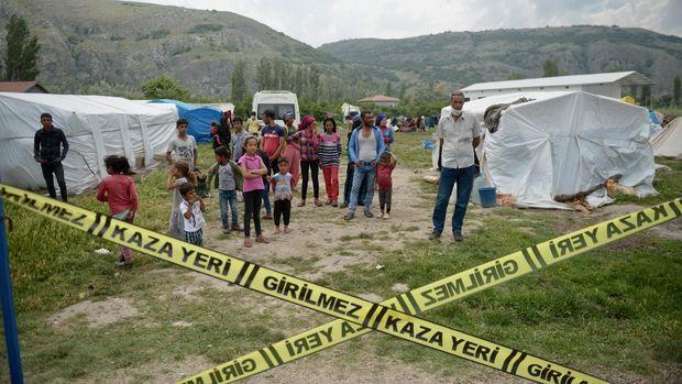 Tarım işçilerinin çadır alanı karantinaya alındı
