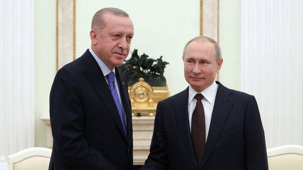 Cumhurbaşkanı Erdoğan Rusya Devlet Başkanı Putin ile telefonda görüştü