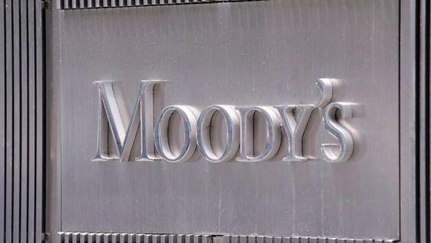Moody's İngiltere'yi anlaşmasız ayrılık konusunda uyardı