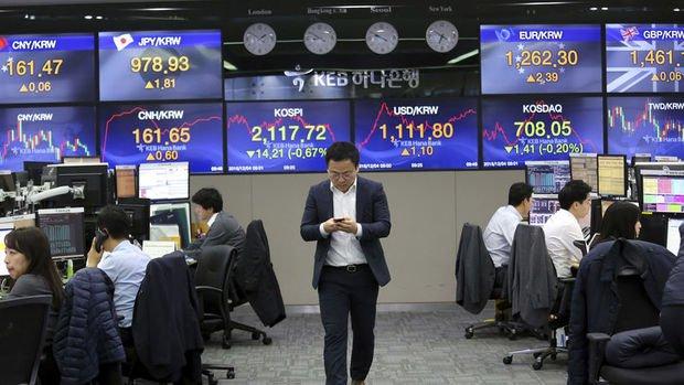Asya para ve borsaları 'ikinci dalga' endişeleriyle düştü