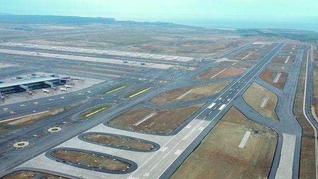 İstanbul Havalimanı'nın 3. pisti açıldı