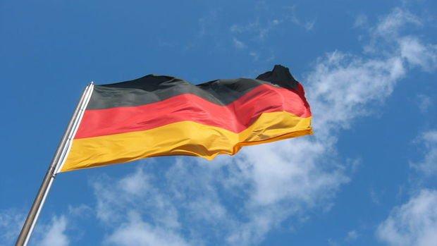 Almanya'da yıllık enflasyon ucuz enerjinin etkisiyle yüzde 0,6 geriledi
