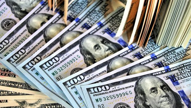 Dolar/TL 6.80'in üzerindeki seyrini sürdürüyor