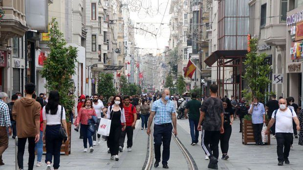 İstanbul, Ankara ve Bursa'da açık alanlarda maske artık zorunlu