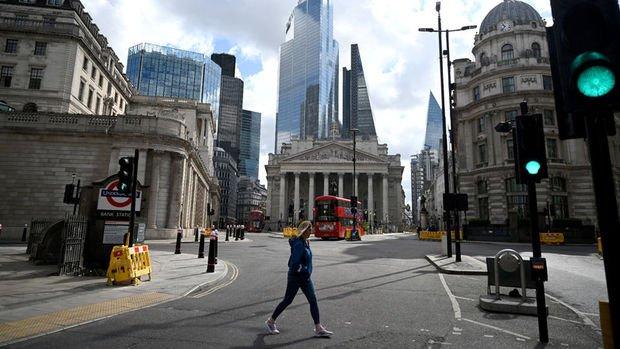 İngiltere MB faiz değiştirmedi, varlık alım programını artırdı