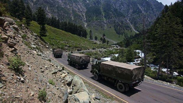 Hindistan ve Çin, askerlerini ihtilaflı bölgeden geri çekme konusunda anlaştı