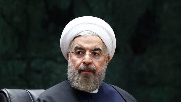 Ruhani: Petrol ihracatımız artık Hürmüz Boğazı'na göbekten bağlı değil