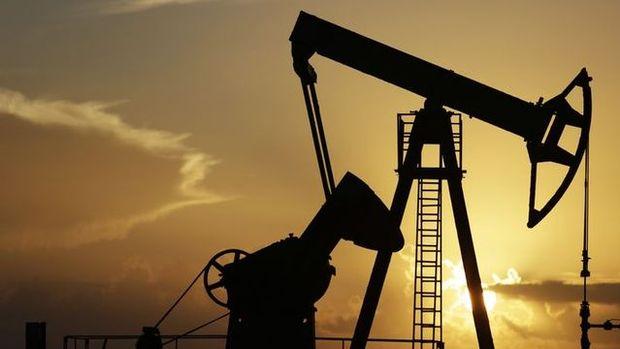 ABD'de ham petrol stokları 1 haftada 1,4 milyon varil arttı
