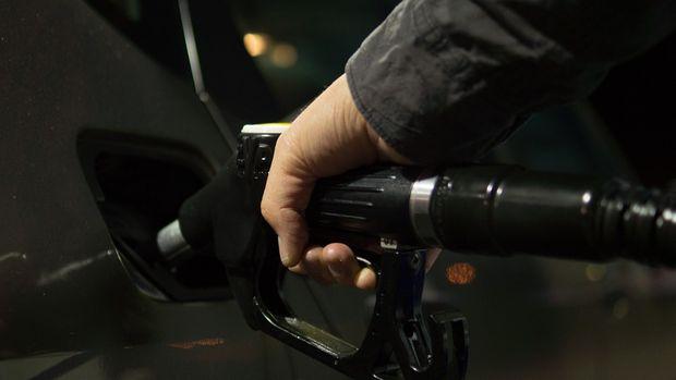 Benzine 11, motorine 10, otogaza 32 kuruş zam bekleniyor