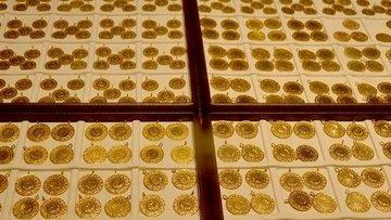 Gram altın hafta ortasında hafif artışla 394 liradan işle...