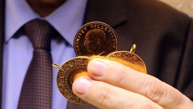 Gram altın 392 lira seviyelerinde yatay seyrini sürdürüyor