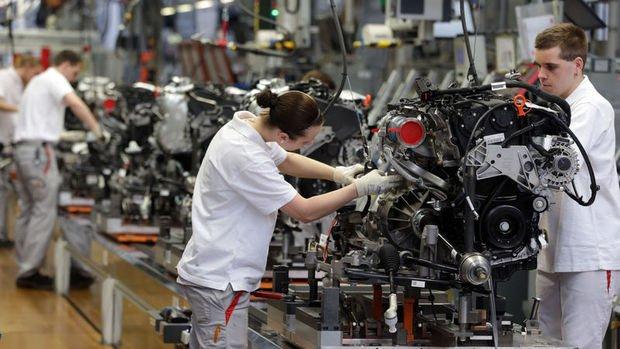 Almanya'da karantina sonrası fabrika siparişleri beklentileri karşılamadı