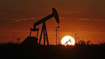 Petrol artan stoklarla birlikte 41 dolar civarına yapıştı
