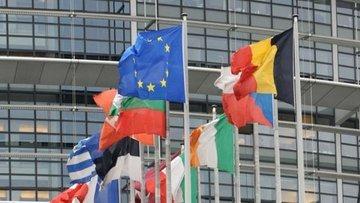 AB Konseyi 750 milyar euroluk kurtarma fonu kurulmasını t...