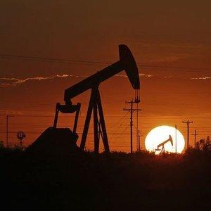 OPEC PETROL ÜRETİM KESİNTİSİNİ GÜNLÜK 2 MİLYON VARİL AZALTIYOR