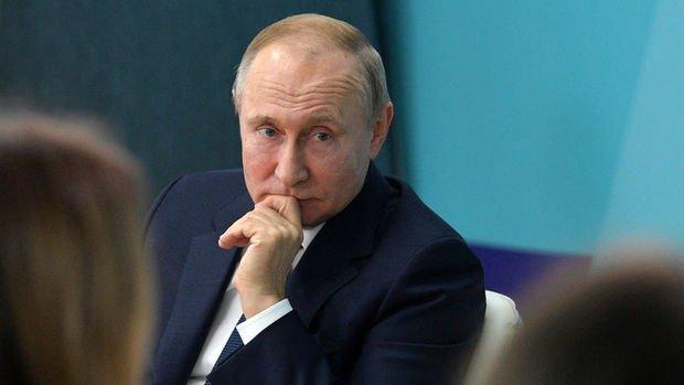 Putin: Rusya'da işsiz sayısı yüksek kalmaya devam ediyor