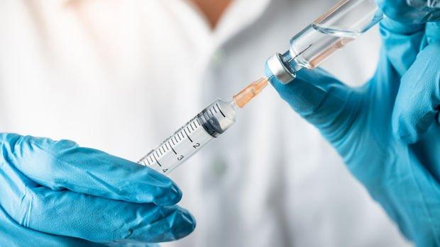 İngiltere'de insanda ilk denemeleri başarılı olan Kovid-19 aşısında