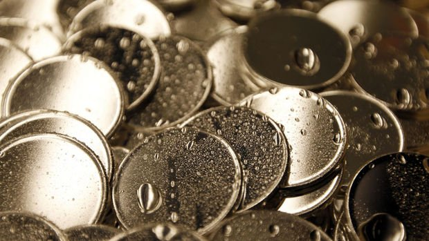 Gümüş vadelileri 20 doları aşarak 3 yılın zirvesini gördü