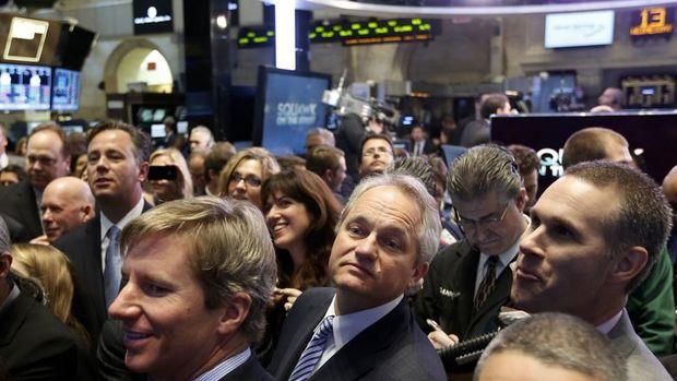 Küresel Piyasalar: Hisseler teşvik önlemleriyle yükseldi, dolar düştü