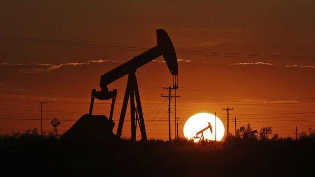 ABD'nin ham petrol stokları ve üretim arttı