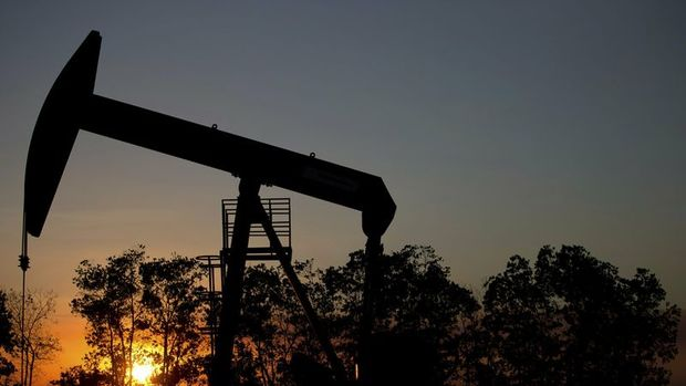 Petrol arz ve talep gelişmeleri ile 42 dolar civarına yapıştı