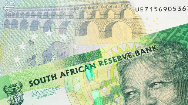Güney Afrika MB faiz indirdi