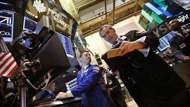 Küresel Piyasalar: Altın rekor kırdı, dolar 18 ayın düşüğüne indi