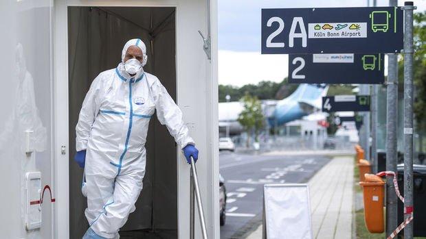 Almanya'da risk bölgelerinden dönen tatilcilere Kovid-19 testi zorunlu hale gelecek