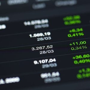 YURT İÇİ PİYASALAR: EURO/TL ZİRVE SONRASINDA YATAY SEYREDİYOR