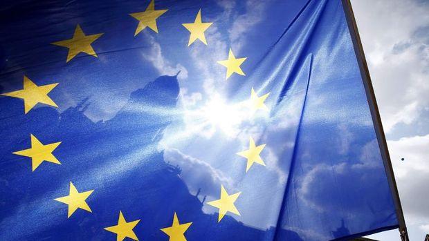 Euro Bölgesi'nde ekonomik güven Temmuz'da beklenenden fazla yükseldi