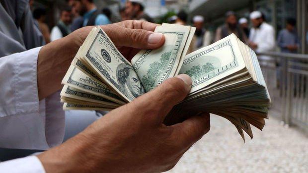 Dolar önemli paralar karşısında 10 yılın en kötü ayını ge...