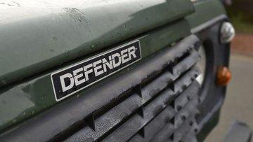"Jaguar Land Rover Defender SUV ""marka savaşını"" kaybetti"
