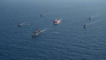 Oruç Reis sismik araştırma gemisine Deniz Kuvvetleri refa...
