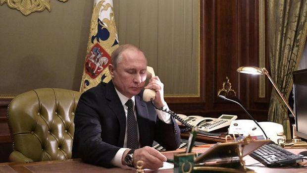 Putin Rusya'nın ilk koronavirüs aşısını onayladığını açıkladı