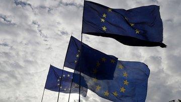 Euro Bölgesi ikinci çeyrekte yüzde 12,1 küçüldü