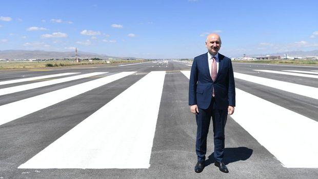 Bakan Karaismailoğlu: 48 ülke ile kesintisiz hava trafiği devam ediyor