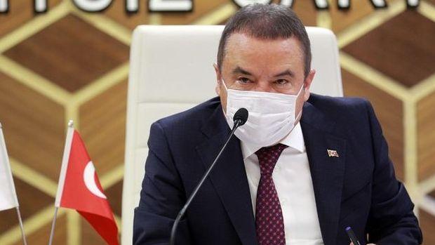 Antalya Büyükşehir Belediye Başkanı Böcek'in Kovid-19 testi pozitif çıktı