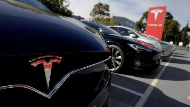 Tesla hisseleri 1,845 dolar ile rekor kırdı
