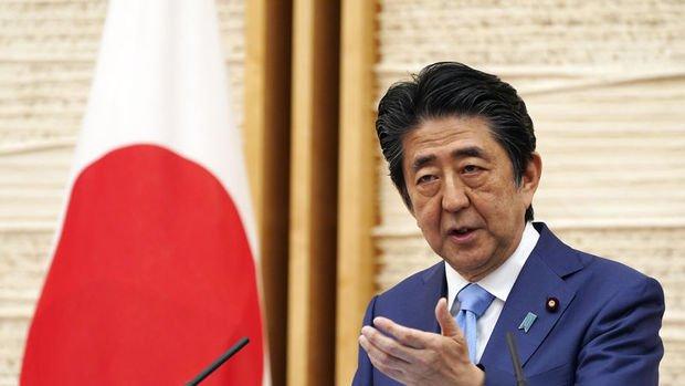 Japonya'nın en uzun süre başbakanlık yapan lideri Abe istifasını açıkladı
