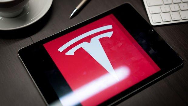 """""""Apple ve Tesla hisselerinde sert geri çekilmeler yaşanab..."""