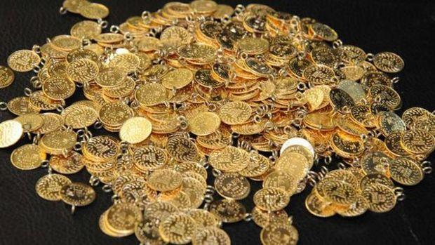 Gram altın hafif düşüşle 466 lira seviyelerinde işlem görüyor