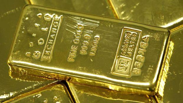 Altın güçlenen doların etkisi ile değer kaybetti