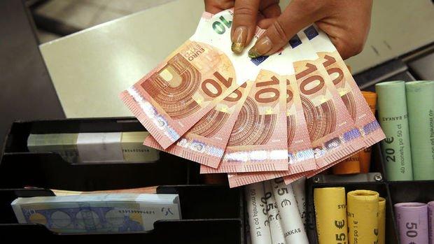Euro dolar göstergesindeki düşüşün etkisiyle kazancını ar...