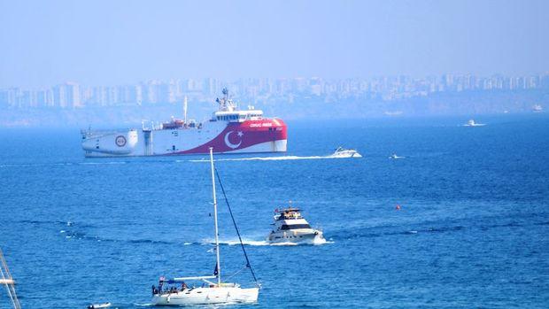 Oruç Reis Antalya'ya geri döndü