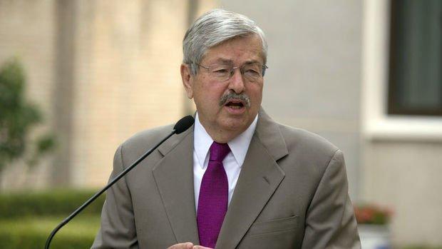 Pompeo ABD'nin Pekin Büyükelçisi'nin görevden ayrılacağı sinyalini verdi