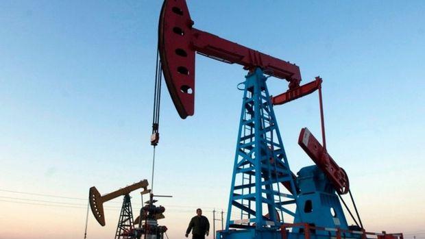 Petrol stok beklentileriyle 37 dolar civarına demirledi