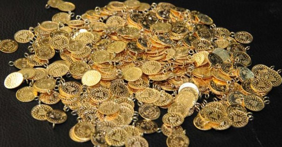"""Gram altın """"ons""""tan destek bularak 474 lira seviyelerine yükseldi"""