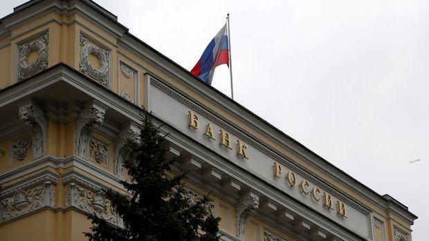 Rusya Merkez Bankası enflasyon sonrası gevşemeyi durdurdu