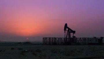 Libya hasar gören petrol endüstrisini yeniden açma yolunda